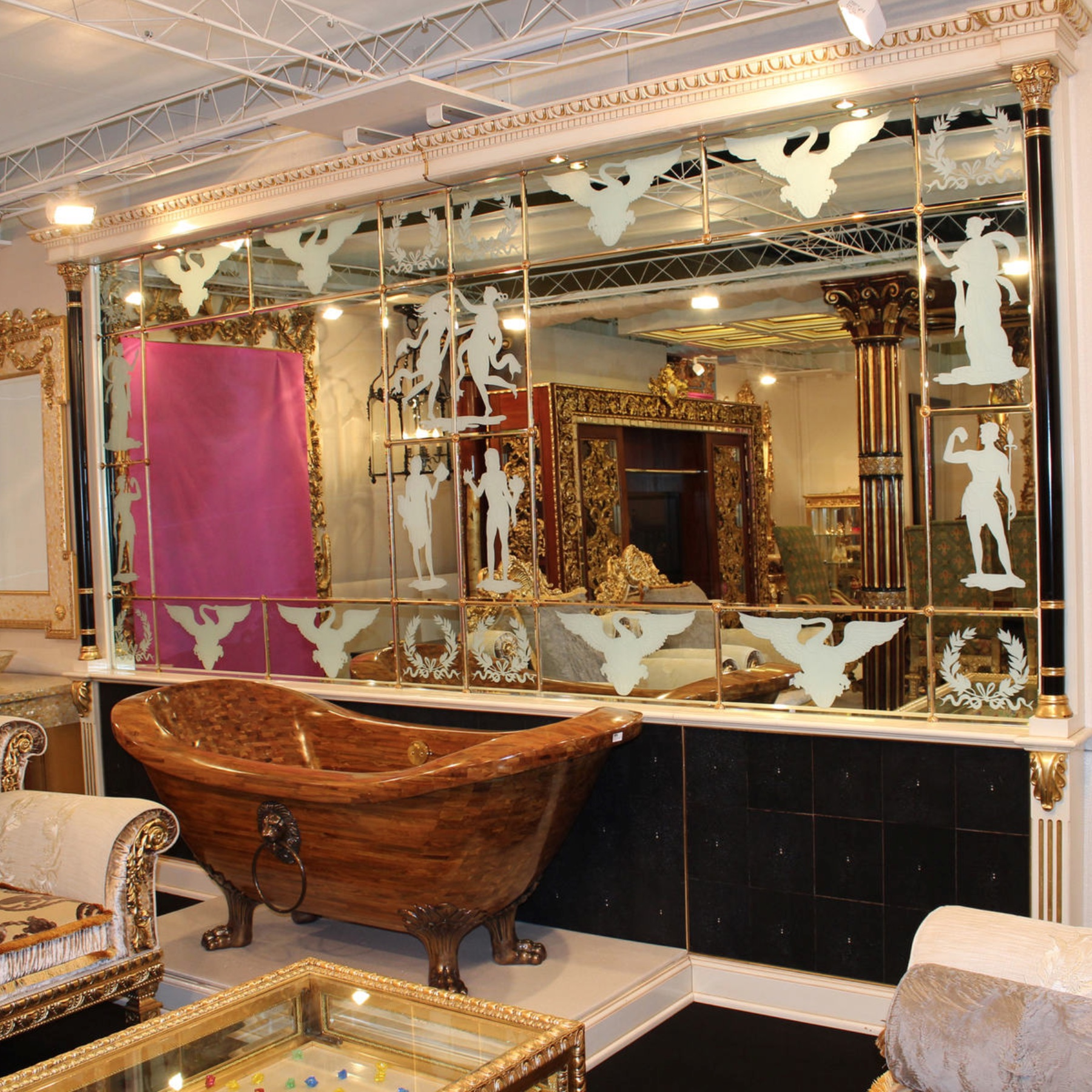 Wood Mirror And Stingray Panelling Camerin