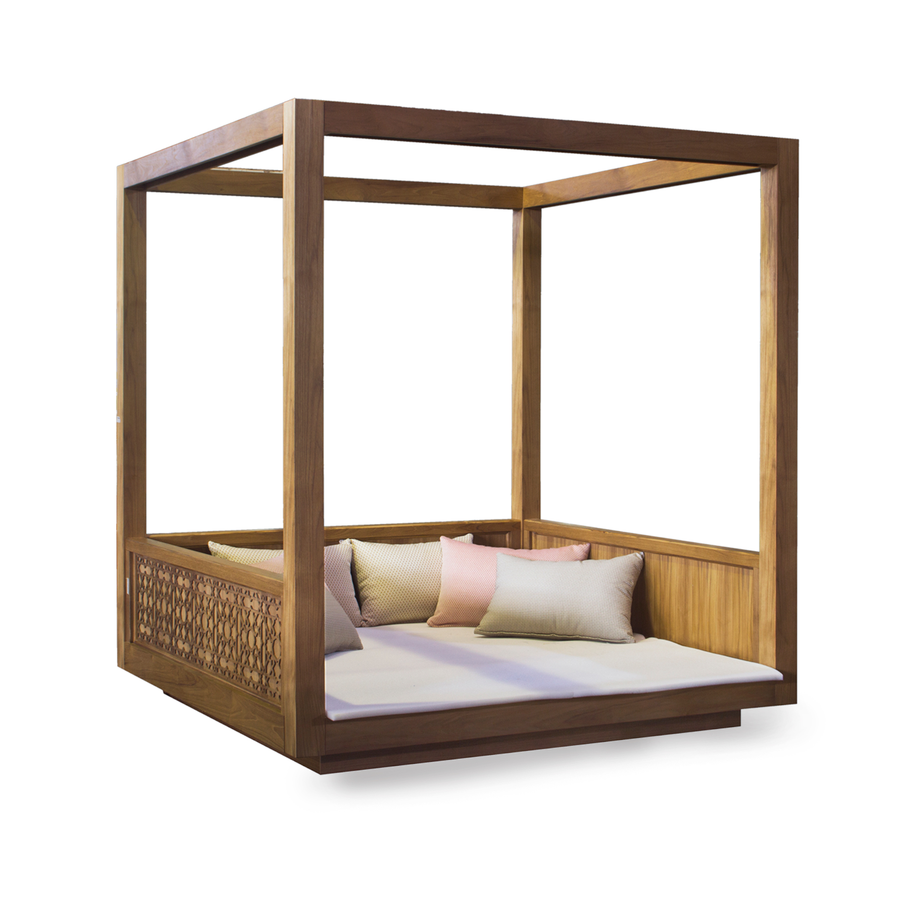 - Colonial 4 Poster Bed Camerin