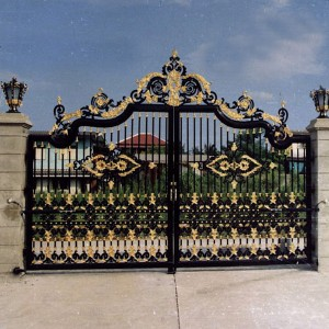 001 WROUGHT IRON ENTRANCE DOOR